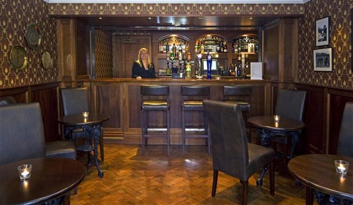 133A2361 The Bar with stunning Barmaid_608x355