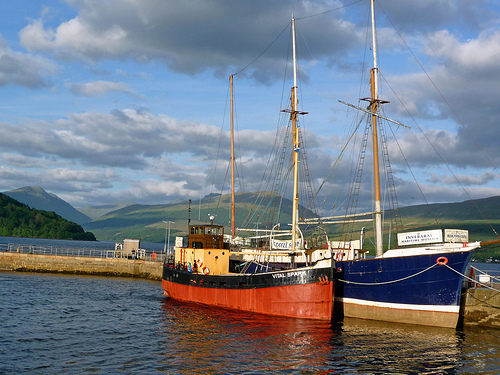 Tour Scotland by Car Inveraray