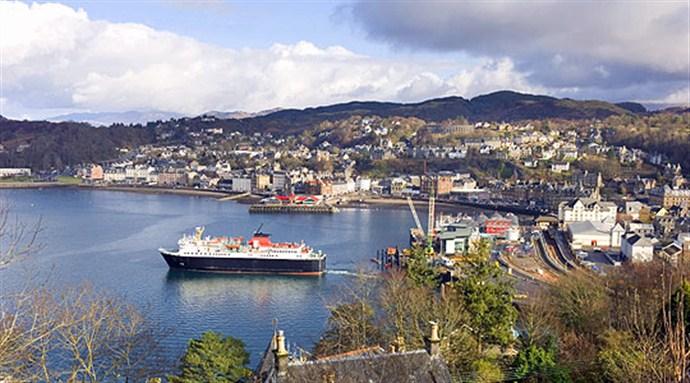 Tour Scotland by Car Oban Mull and the Western Isles_690x383