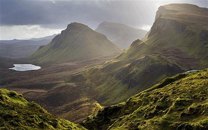 Tour Scotland by Car Skye_690x432